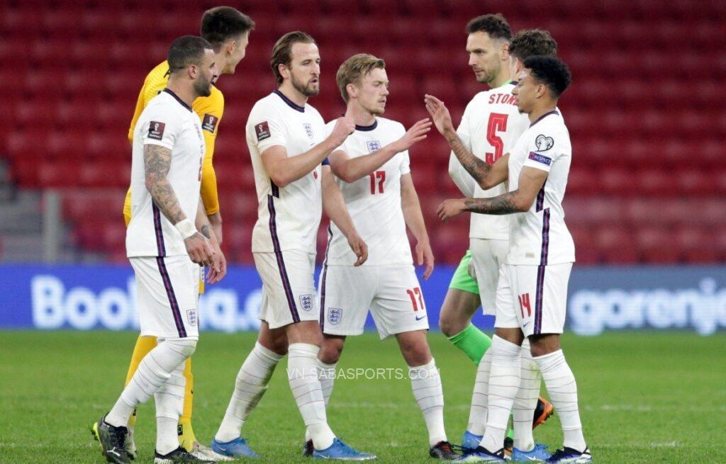 Ít nhất 5 cầu thủ Anh phớt lờ việc tiêm phòng