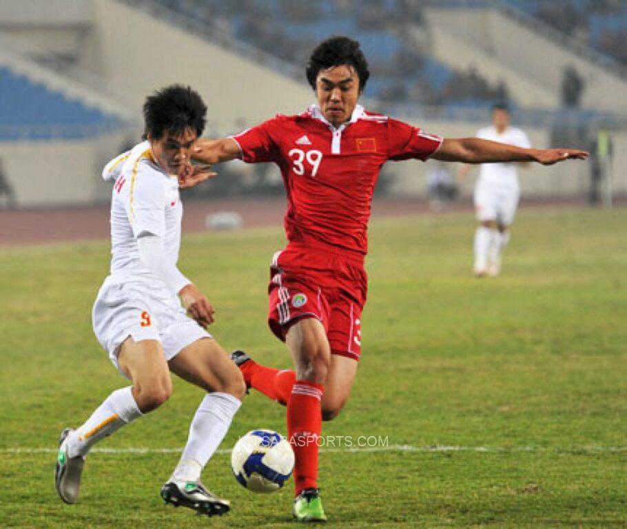 Công Vinh từng ghi bàn vào lưới ĐT Trung Quốc