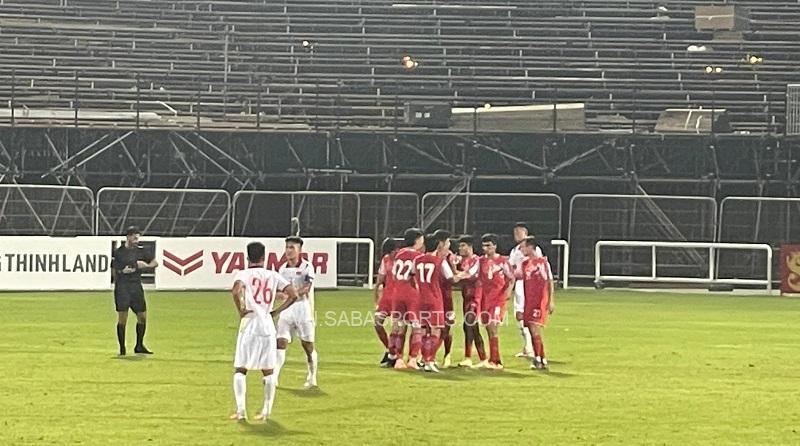 Sự thất vọng của U22 Việt Nam khi bị U22 Tajikistan gỡ hòa 1-1