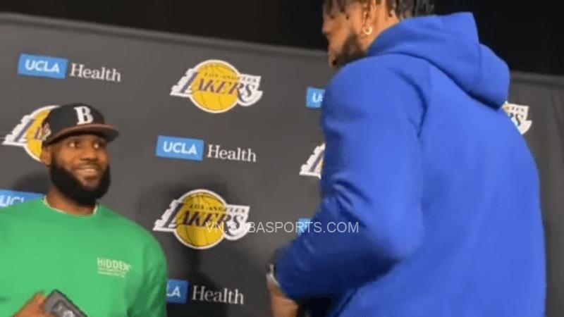 2 ngôi sao của Lakers bàn tán về bộ phim