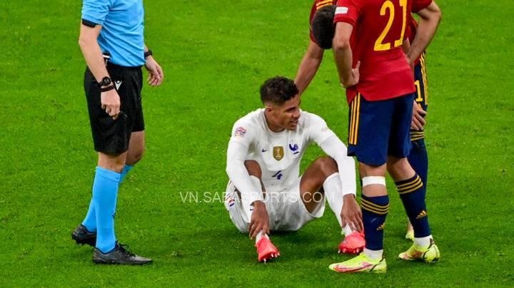 Varane chỉ chơi được hơn 40 phút trước Tây Ban Nha