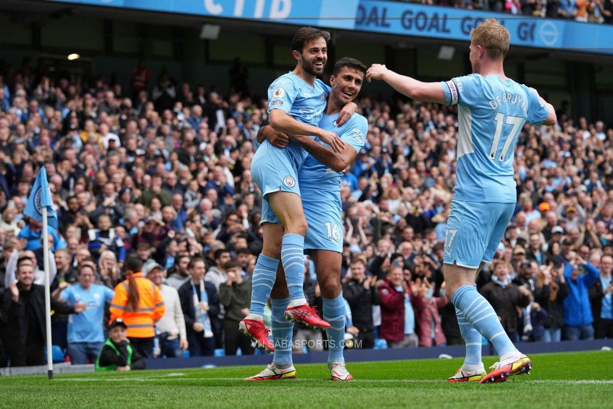 Man City nhẹ nhàng vượt qua Burnley nhờ sự tỏa sáng của tuyến giữa