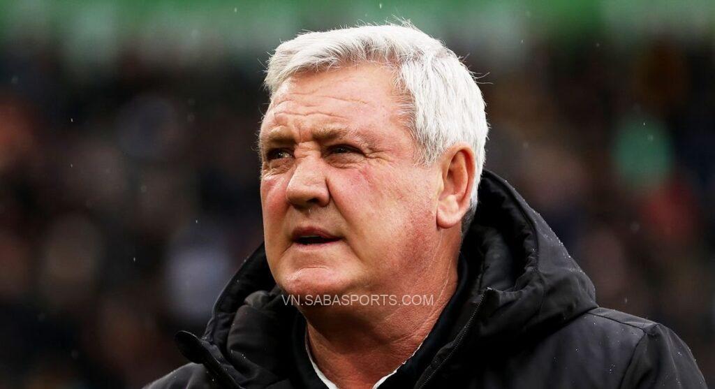 Steve Bruce sắp mất việc tại Newcastle