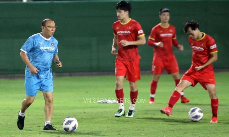 Không có chuyện ông Park chê thể lực cầu thủ Trung Quốc quá yếu
