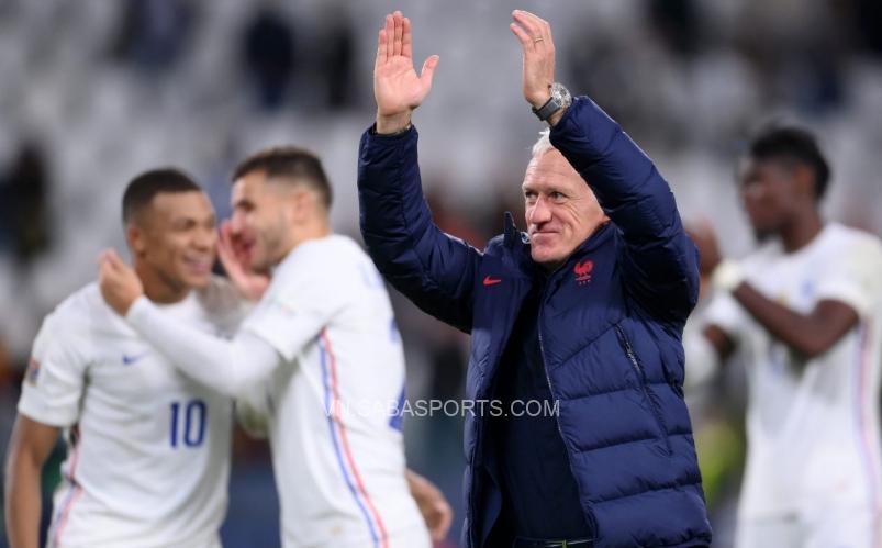Deschamps tiết lộ sự mạo hiểm trong hiệp 2 đã mang lại thành quả cho Pháp