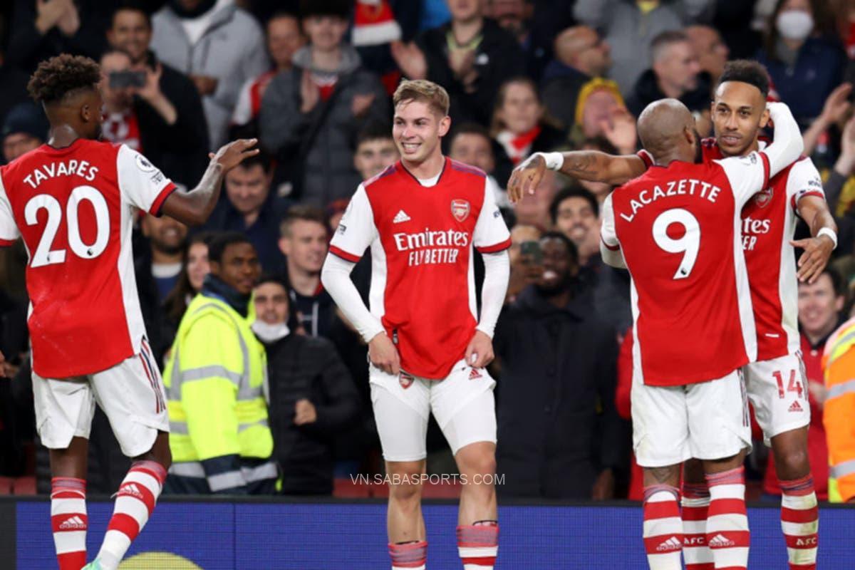 Thi đấu thăng hoa, Arsenal hạ đẹp Aston Villa trên sân nhà