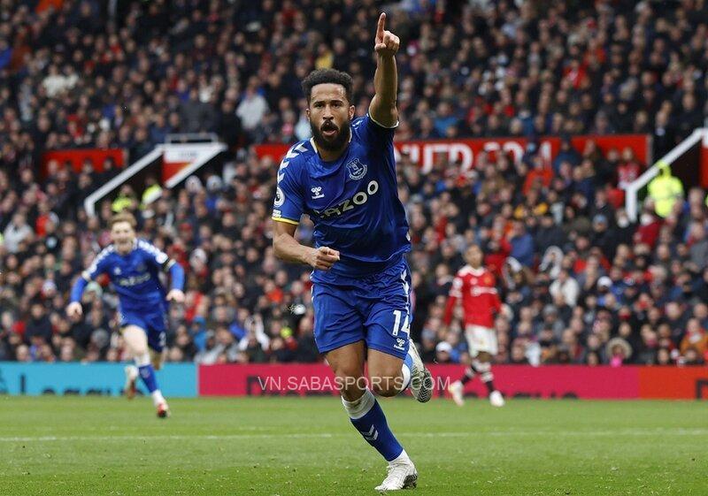 Townsend kết thúc pha phản công hoàn hảo của Everton