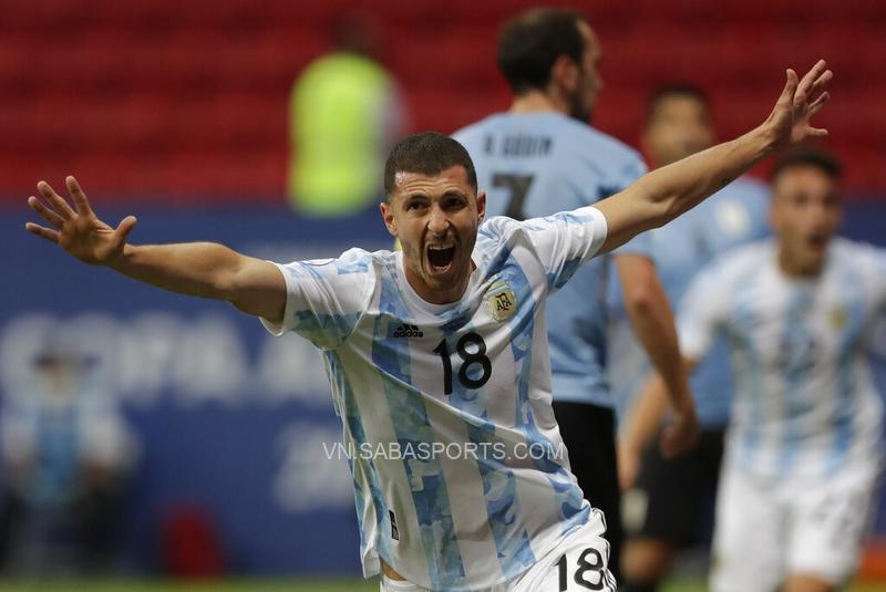 Guido Rodriguez là người hùng của ĐT Argentina trong trận đấu gần nhất gặp ĐT Uruguay