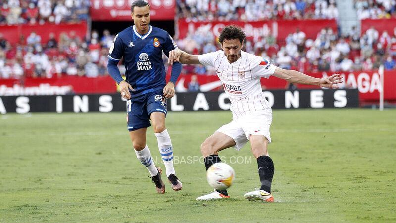 Espanyol nhận thất bại 2-0 trước Sevilla ở trận đấu trước dù chơi hơn người